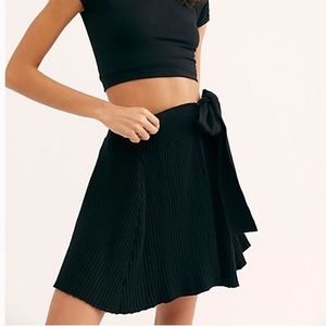 NWOT FREE PEOPLE RIBBED KNIT WRAP SKIRT XS Beach